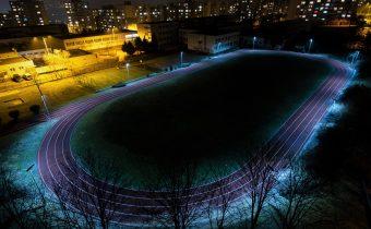 Osvetlenie atletického oválu